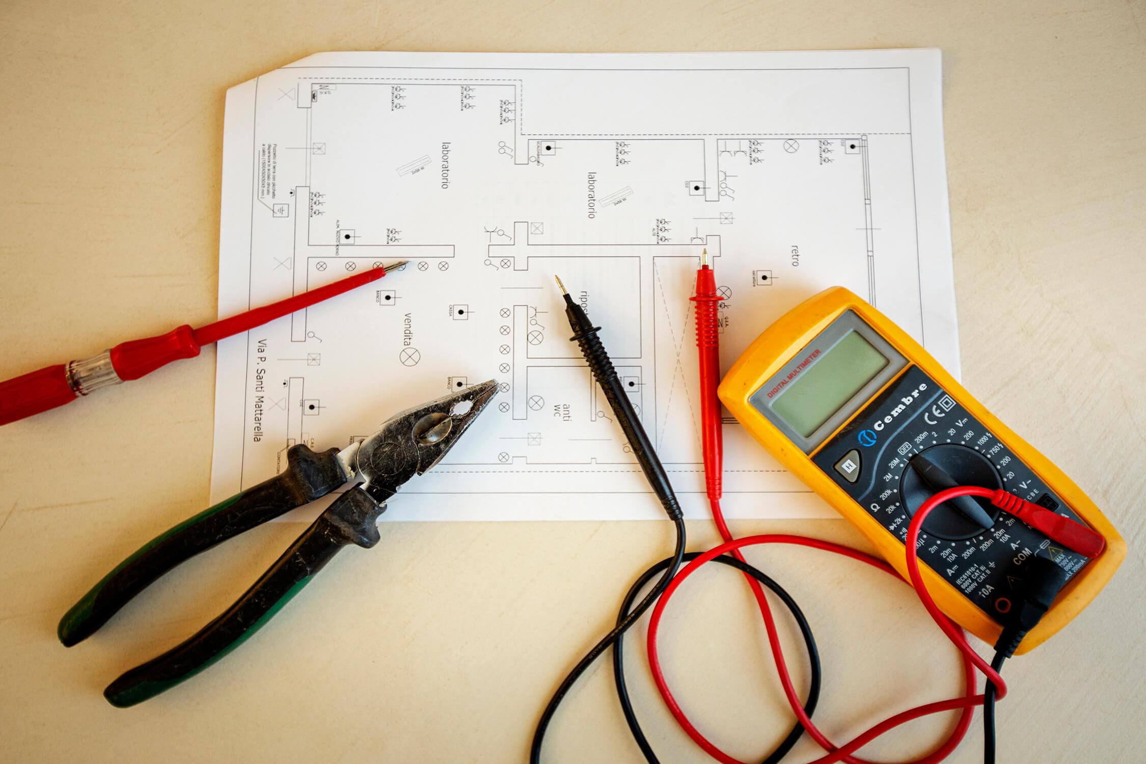 Servizio elettrico per impianti professionali a Trapani e Provincia Video sorveglianza Trapani